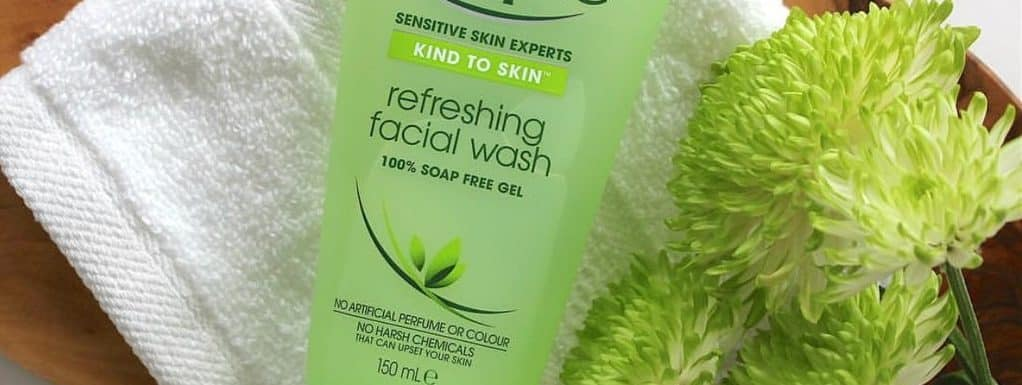 20 Best Face Wash for Dry Skin During Pregnancy: Review Guide